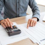 przycisk-księgowy-wyliczenia-białego-kalkulatora_1262-2340
